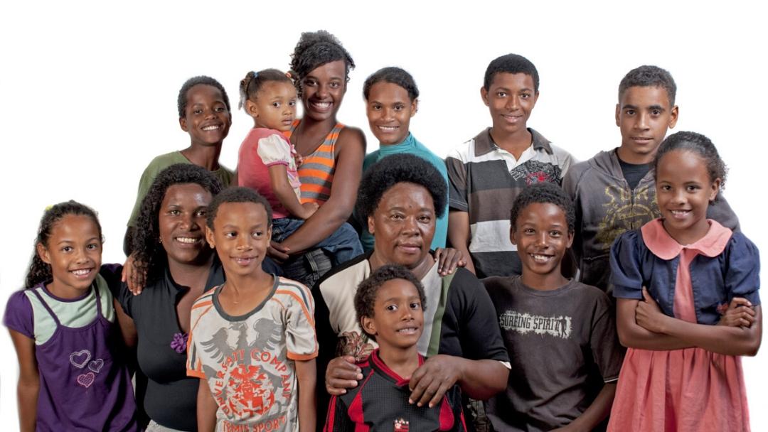 Toda criança vivendo em família – apadrinhamento afetivo